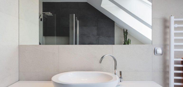 consejos instalar lavabo baño
