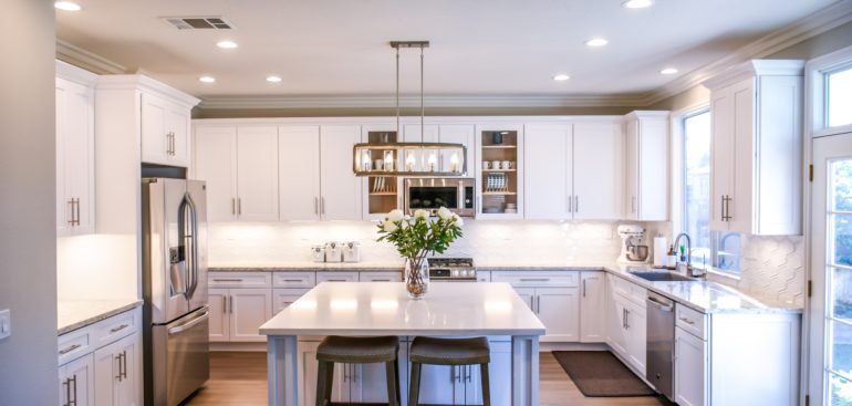 Suelos para cocinas, cómo elegir el mejor suelo para cocina