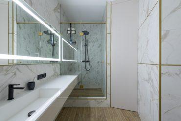 Columna de ducha de baño para un spa personal ideal